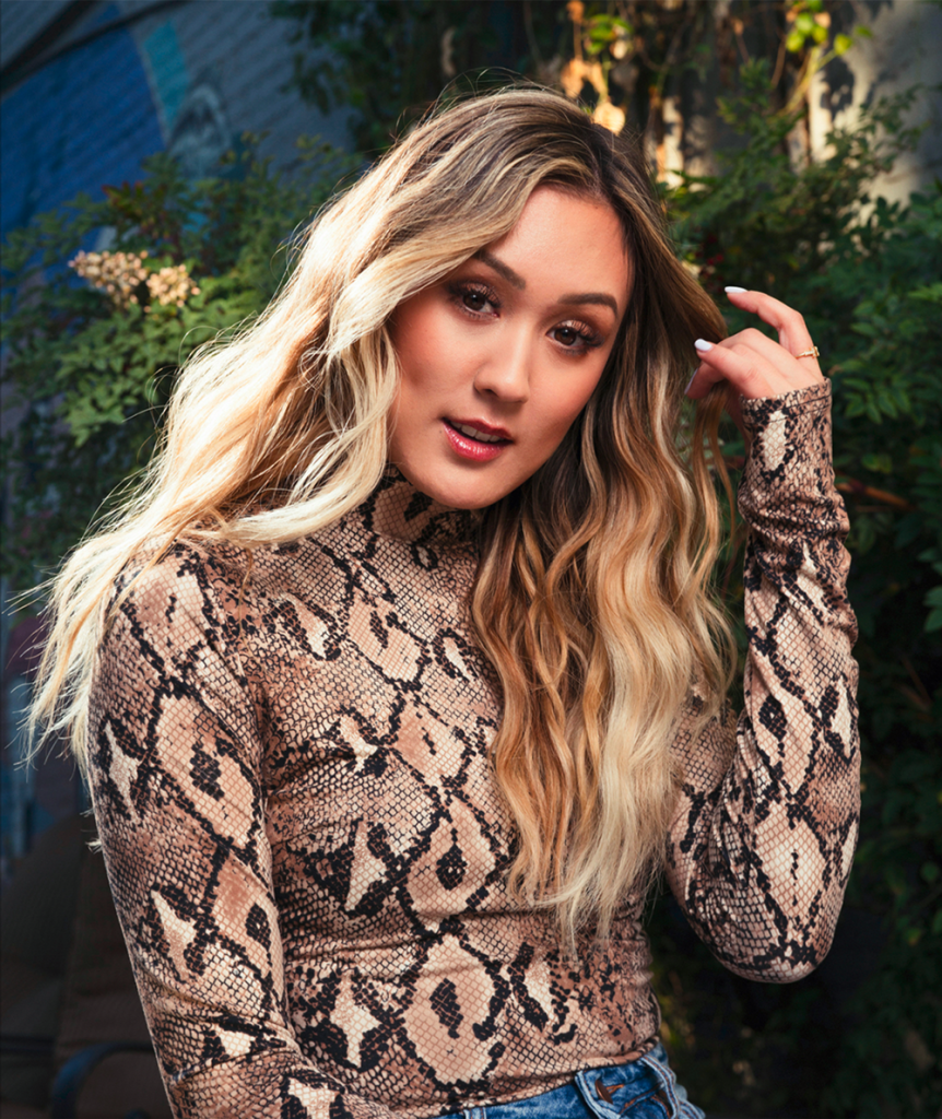LaurDIY Is The Queen Of YouTube - Character Media